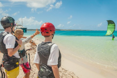 learning kite surfing antigua